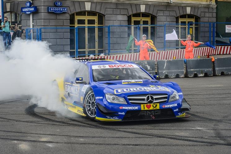 Schumacher in einem seiner letzten Rennen als DTM-Fahrer (© Mikhail Kolesnikov / Shutterstock.com)