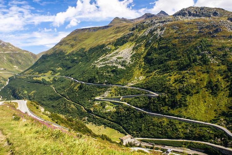 Furkapass-in-der-Schweiz