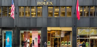 Shopping in der 5th Avenue in New York