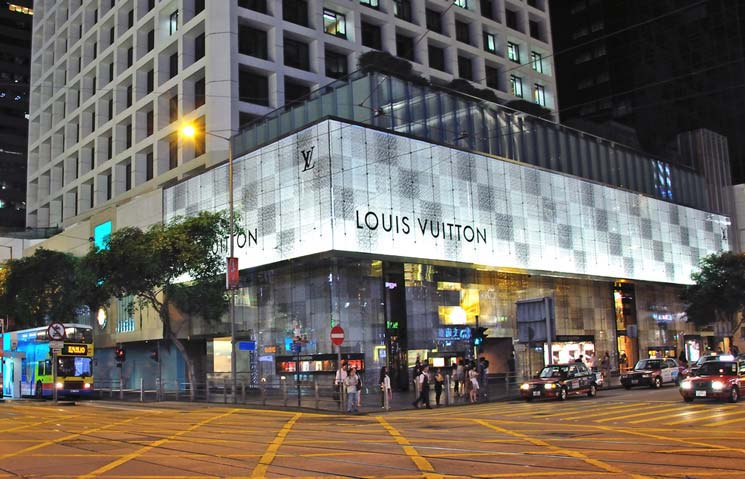 Shopping in Causeway Bay