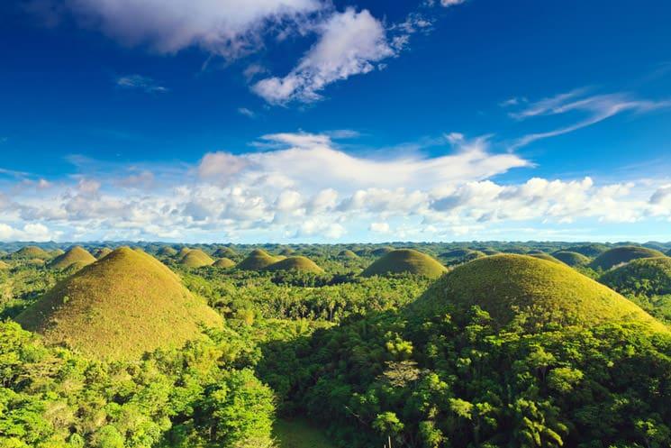 Chocolate-Hills-auf-der-philippinischen--Insel-Bohol