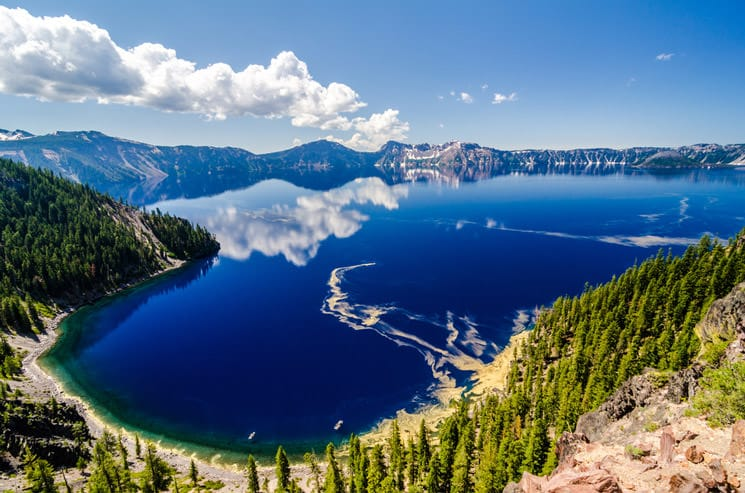 Crater-Lake-in-Oregon