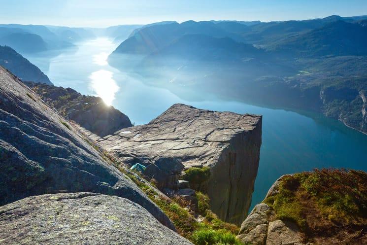Preikestolen-Felsplattform-in-Rogaland-in-Norwegen