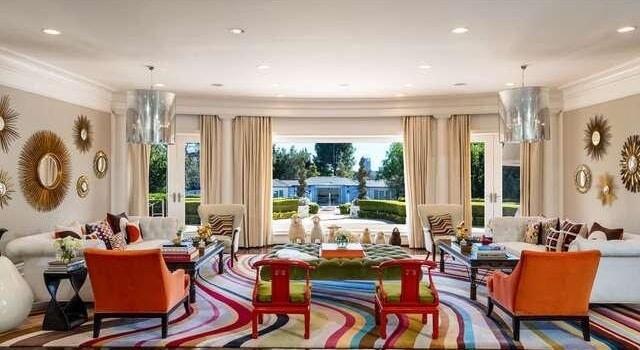 Moderne Villa mit prominenter Nachbarschaft für 84 Millionen Euro in Kalifornien