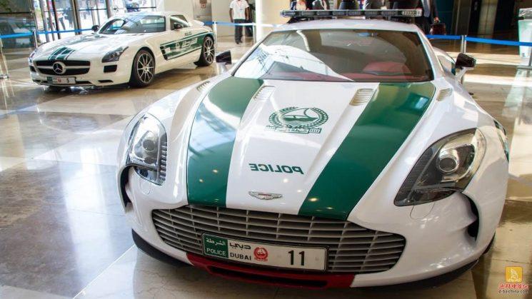 Aston Martin One-77 - der teuerste Polizeiwagen der Welt