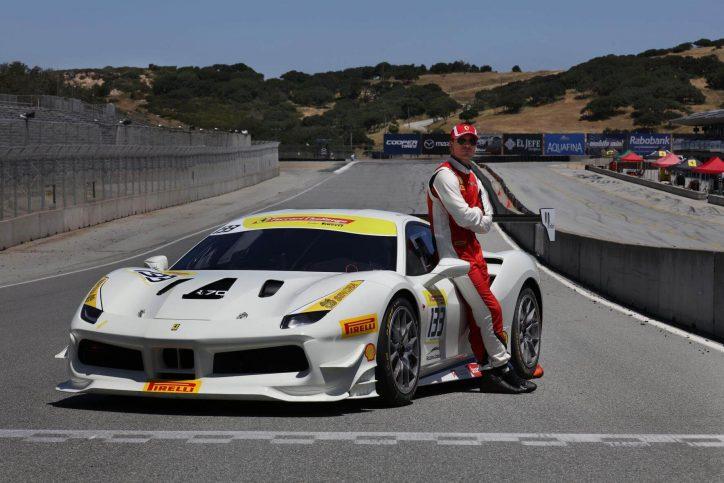 Michael Fassbender als Rennfahrer in der Rennserie der North American Ferrari Challenge