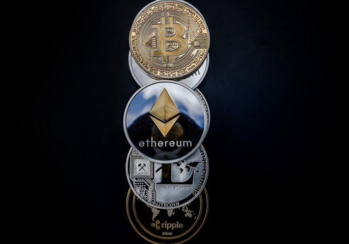 Die unterschiedlichen Kryptowährungen neben Bitcoin